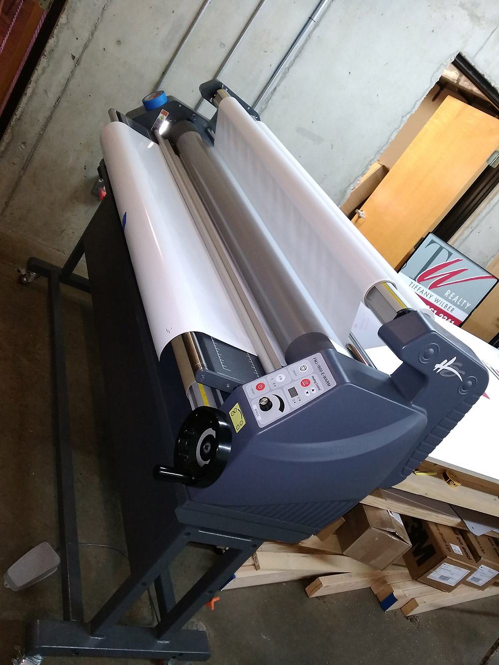 laminator for vinyl vehicle wrapping